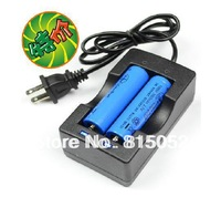 free shipping All-in-One Dual-slot Battery Charger 18650 Charger 3.7 V Li-ion Auto  Li-ion Battery Charger+2pcsbattery