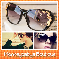2013 Brand Designer Gold Sunglasses Women baroque carving flower fashion sunglasses Black vintage Steampunk sun glasses #JS022