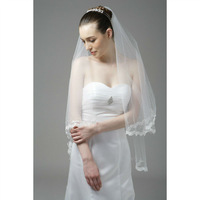 V0020 Romantic one layer soft tulle lace bottom wedding veil