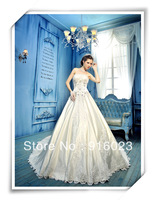 Luxury wedding dress 2013 sale new arrivalBra lace trailing skirt of satin Korean version of the high-end royal wedding
