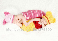 Free shipping 2 colour Pig style handmade crochet photography props baby sleeping bag and hat