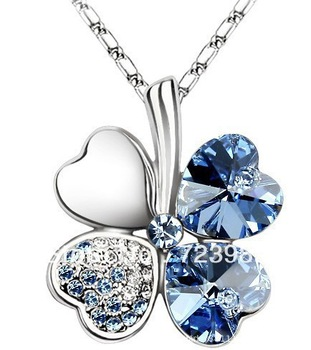 2013 New Fashion Jewelry Delicate Enchanting Lucky Four Leaf Clover Crystal Necklace Free shipping