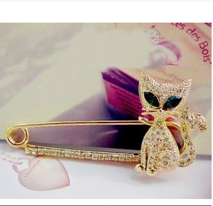 br012 Hot Lovely green eyed kitten Brooch Jewelry Wholesale