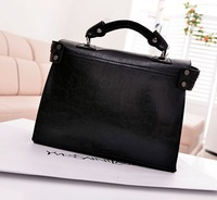 2013 summer new European and American retro motorcycle bag handbag