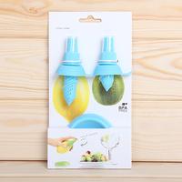 2013New Freeshipping Manual lemon fruit sprayer mini juice sprayer Squeezer CITRUS SPRAY hand Juicer non-toxic materials 4colors