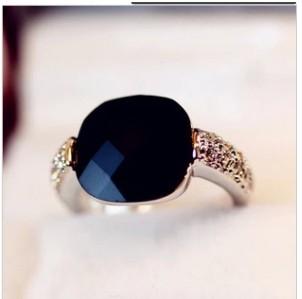 2013 New Christmas Gifts Square Black Gem Crystal Index Finger Ring HOT Min order $10 =( Mix Order)