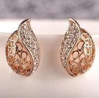 D219 stud elegant cutout crystal stud earring female