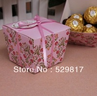Wholesale-50pcs elegance Flower Style Wedding Favor Candy boxes include Ribbon and a attached card -Free Shipping