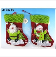 Free Shipping Christmas Red And Green Cloth Socks