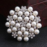 Fashion Brooch Rhinestone  Alloy  Pearl brooch cheap wedding brooches Full $6 pack mail