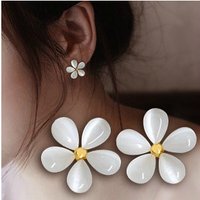 Min order $15 New coming fashion Flower stud earring  white little daisy stud earring
