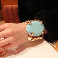 Europe Queen Fan Bingbing drive to good sound temperament metal exaggerated blue crystal bracelet