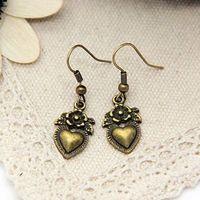 Min order $15 new fashion jewelry retro heart earrings for women 2013 free shipping factory wholesale