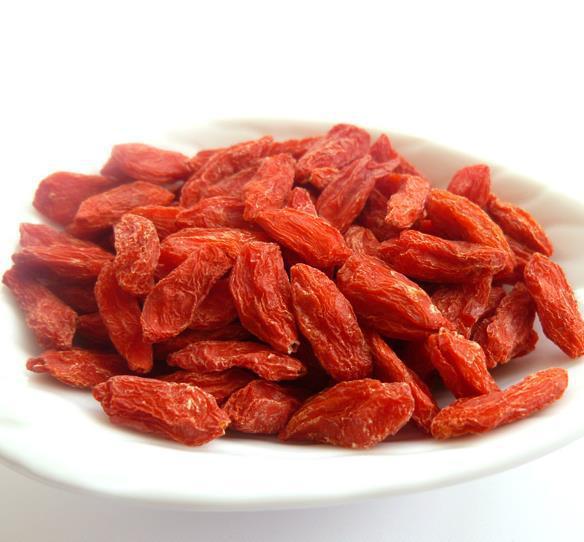 2014 Certified Organic Goji berries Chinese Wolfberry Medlar 1000g goji berries are free shipping