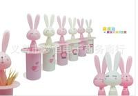Cute cartoon rabbit automatic toothpick extinguishers box bottle toothpick holders wholesale 10pcs Creative lazyboots articles