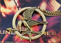 European and American   popular  mocked Hunger Games Bird-sided three-dimensional piece Necklace  S024