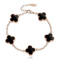 Accessories decoration bracelet Women classic shell four leaf clover bracelet lovers accessories