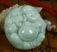 Burma jade Buddha and embrace the mythical wild animal, accumulate to protect peace