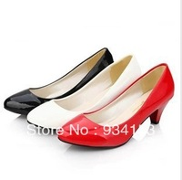 Free shipping in the han edition round head light coat of paint documentary shoes work shoes black white red wedding shoes