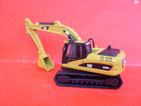 Cat 7 320d digging machine model