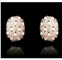 RE104 Quality natural rhinestone pearl Hoop Earrings  B3.9