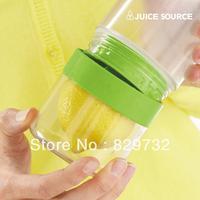 Free shipping Source lemon juice glass emperorship fruit cup portable vitality bottle lemon Water Bottles