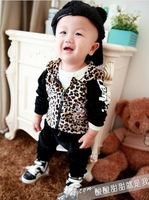 2013 baby's chothes children clothing kid's Leopard velvet leisure suit baby coat+pants 2pcs set children Sport suit