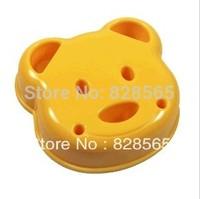 2pcs/lot free ship Eco-friendly Cartoon cookies bread toast cutter tool sandwich mould plastic maker bear Cutter Christmas gift