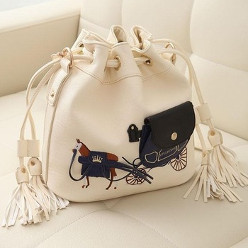 Female bags 2013 gentlewomen tassel bag carriage print messenger bag personalized bucket bag