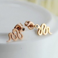 High Quality Titanium Steel Rose Gold Plated Brand Designer Serpentine Imitation Diamond Earrings