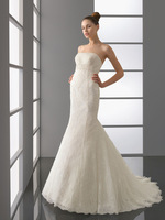 Famous Design 2014 Lace Over Satin Srapless Mermaid Bridal Gown With Embroidered Details