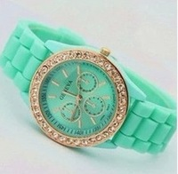 MIN-ORDER $10 Hot sale Fashion silicone wrist watch women quartz watch wristwatches free shipping