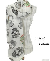 In The Fall And Winter Of 2013 New Scarf Manufacturer Wholesale Lady Velvet Chiffon Fabric Shawls Diamond Skulls