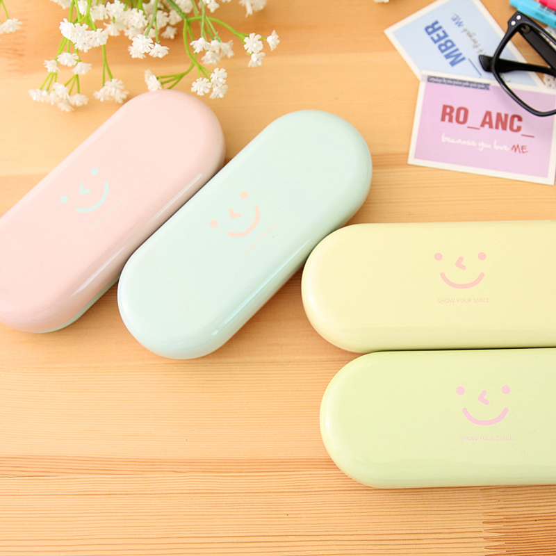 Free Shipping Sweet Candy Color Smiley Face Tin Glasses Case Spectacle Box Tin Storage box Retail(China (Mainland))