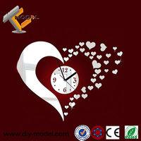 Modern Design Fashion Heart Shape 3D Crystal Mirror Stickers Novelty Wall Art Clock Home Decoration