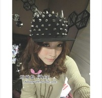 2013Korean punk style metal devil horns flat-brimmed hat baseball cap rivet ear Specials free shipping