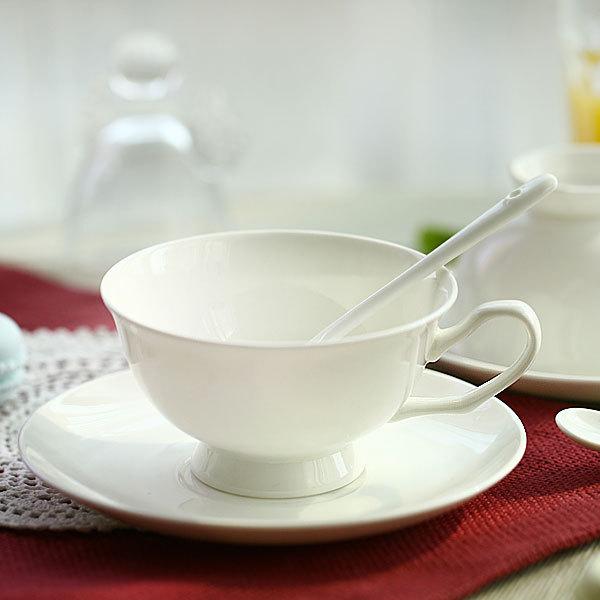 Ceramic Cups And Saucers Ceramic Cup And Saucer Set