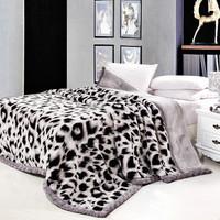 Super soft raschel double layer thermal blanket thickening winter blanket leopard print 200 *240cm  5.5kg