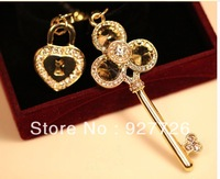 2013 crystal ball full rhinestone  for SAMSUNG   4s  for iphone   mobile phone dust plug