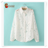 Women blouse Free shipping 2013 Girl's Solid White Lace Flower  shirts