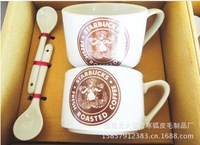 2pcs/set couple cups with a spoon/coffee cup/ceramic cup/mugs cup,200-300ML,red green black picture,high quality new design