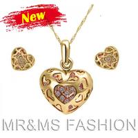 Free Shipping Wholesale 2013 18K GP Rhinestone Hollow Heart Pendant Necklace Earrings Best Christmas Gift Women Jewelry Set 1200