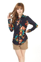 Long-sleeved chiffon blouse is prevented bask in color printing geometry joker shirt