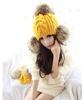 Free shipping Autumn and winter New Fashion Knitted cap Big fur sphere Sweet Fashion pearl Knitted hat Outdoor caps Women's Hats