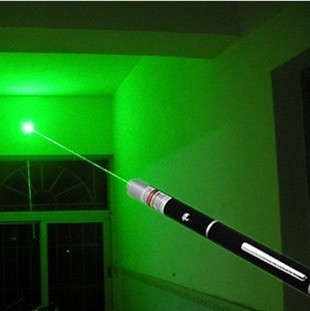 Free shipping long-range 1000 meters Laser Pointer 100mw laser pen refers to star pen green light pen Starry Gift packaging(China (Mainland))