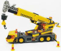 Free Shipping 380pcs/box Plastic DIY Educational Assembly City Building Crane Brick Blocks Toy 8045 For Kids