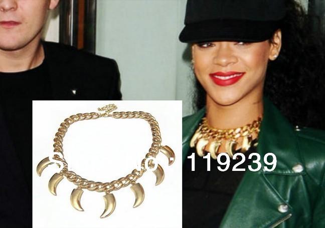 KN85-Fasion-2015-Celebrity-Rihanna-Style