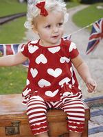 271 Free shipment heart-shaped logo t-shirt  striped pants girl's  clothing set  retail sales