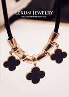 Spring new arrival fashion accessories four leaf clover lucky short design necklace chain female gift