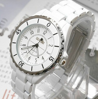 Lovers watch male female fashion table white ladies watch waterproof table vintage